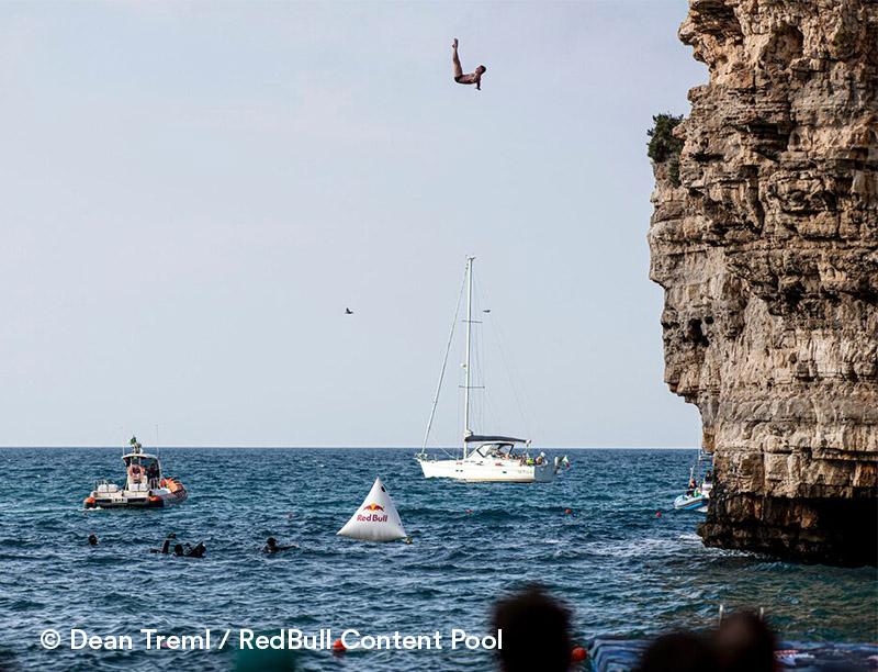 LAMIA DEL RICCIO - Casa Vacanze in Puglia | red bull cliff diving